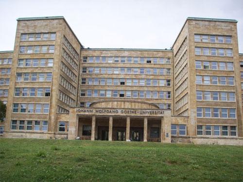 Haupteingang Johann-Wolfgang-Goethe-Universität Frankfurt