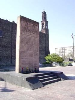Gedenkstätte auf der Plaza de las Tres Culturas in Tlatelolco