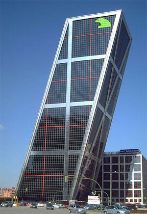 Puerta de Europa I - Sitz von Bankia in Madrid