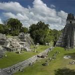 Herrschaftslegitimation in Tikal und Copán in der Maya-Klassik
