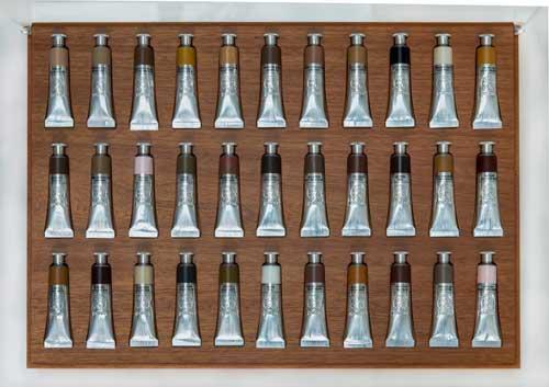 Oeuvre d'Adriana Varejão - Colours, 2013, Boîte en bois avec couvercle en acrylique contenant 33 tubes en aluminium de peinture à l'huile. Victoria Miro Gallery, Londres. Copyright Comité International Olympique CIO / Adriana VAREJAO
