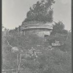Chichén Itzá: Chichén. El Templo círcular. 1892.